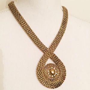 ✨NWT✨ Brass-Tone Statement Necklace